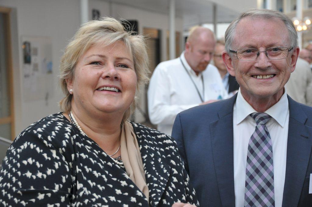 Erna Solberg og Arvid Hallén under åpningen av Forskningsrådets lokaler på Lysaker i høst.