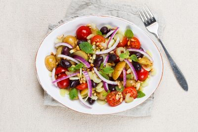 Kalde poteter kan bli deilig lunsjsalat