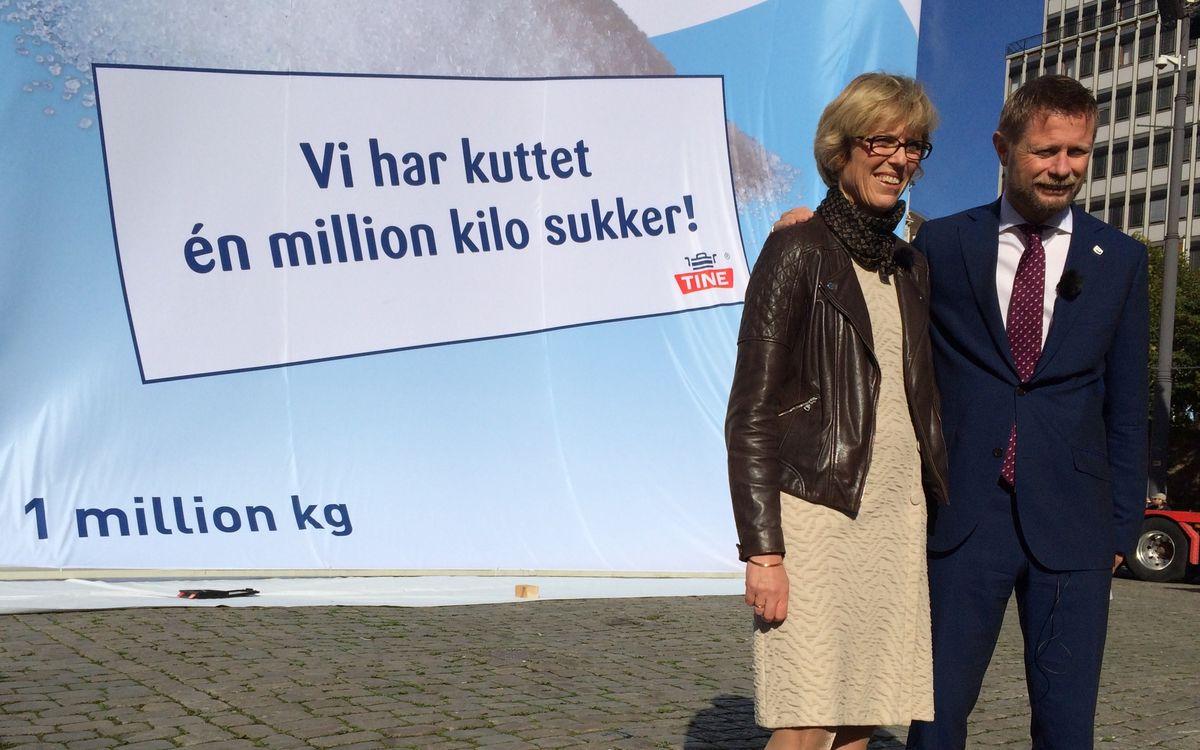Hanne Refsholt og helse- og omsorgsminister Bent Høie.  Sindre Ånonsen, TINE