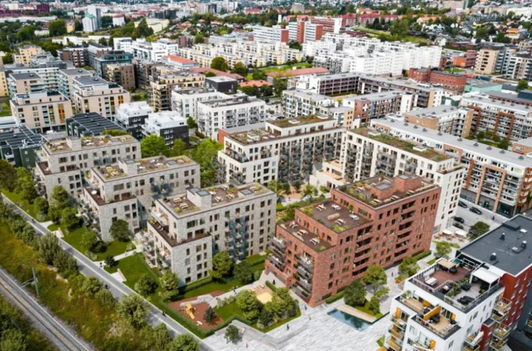 "he project has been named ""Gregers Kvartal"" and is located between the new Løren metro station and the ""Brødfabrikken"" residential project."