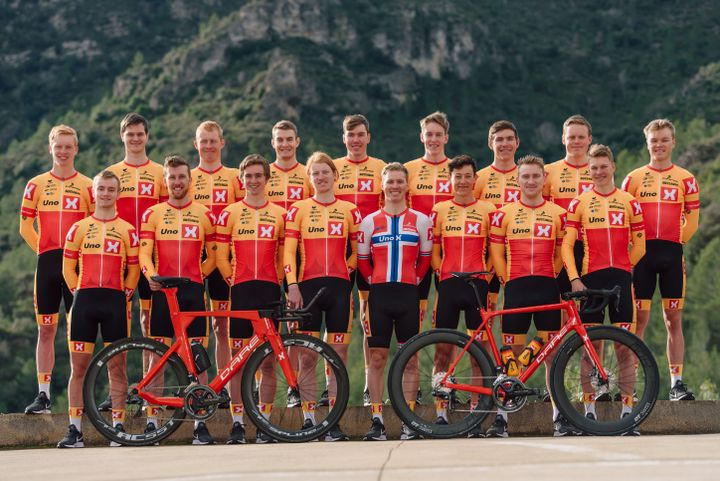 Uno-X Norwegian Development Team 2019-sesongen. Foto: Jan Brychta.
