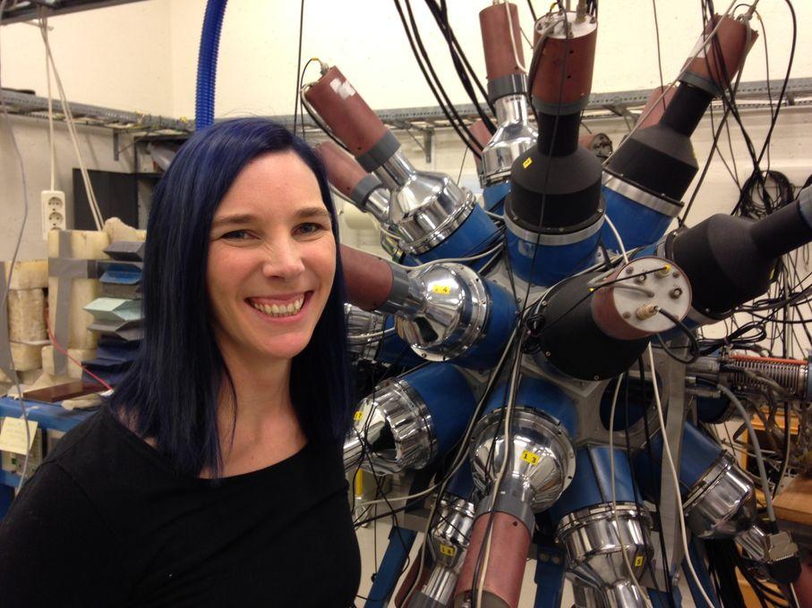 Fysikeren Ann-Cecilie Larsen får Forskningsrådets pris for unge fremragende forskere.