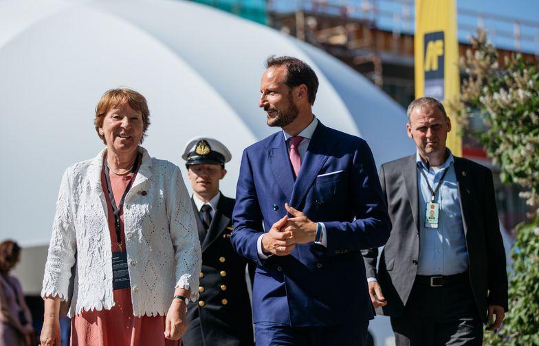 Kronprins Haakon og ordfører Marianne Borgen besøkte Entreprenørens marked 30. mai. Foto: AF Gruppen/Fredrik Myhre