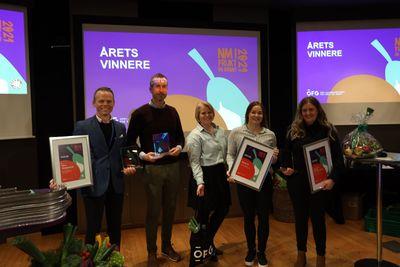 Representanter fra (f.v.): Obs! Haugesund, Meny.no, Elisabeth Dydland, Coop Mega Ålgård. Bunnpris & Gourmet Tyholt var ikke til stede da bildet ble tatt.