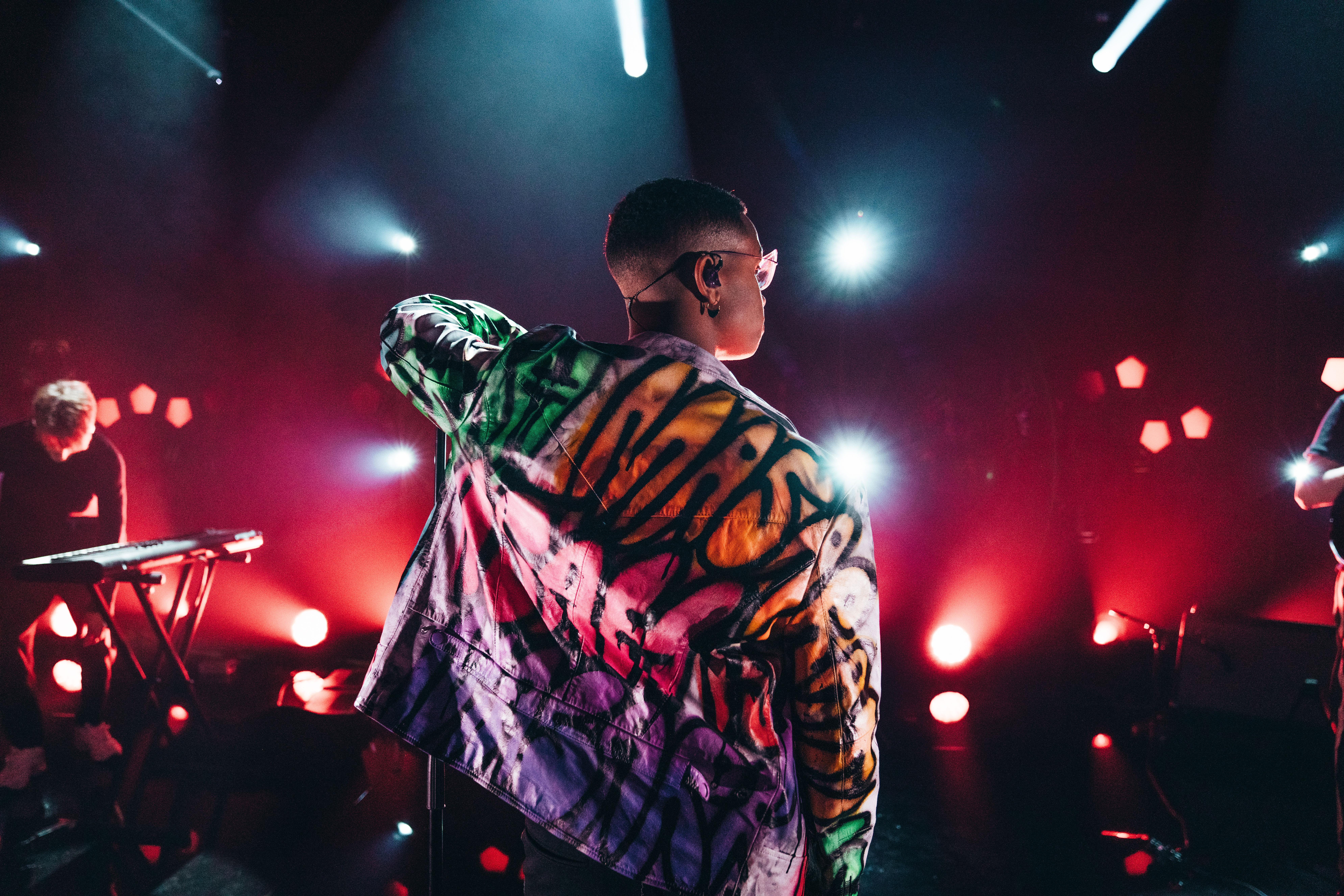 Isahs eksklusive Ma$arati jakke kan bli din | Klarna