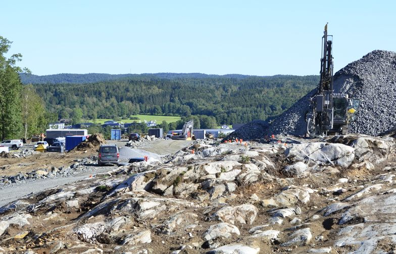 AF Gruppens datterselskap Kanonaden Entreprenad skal utføre grunnarbeidet for nye industritomter i Rollsbo Västerhöjd i Kungälv, på oppdrag fra Ytterbygg AB.