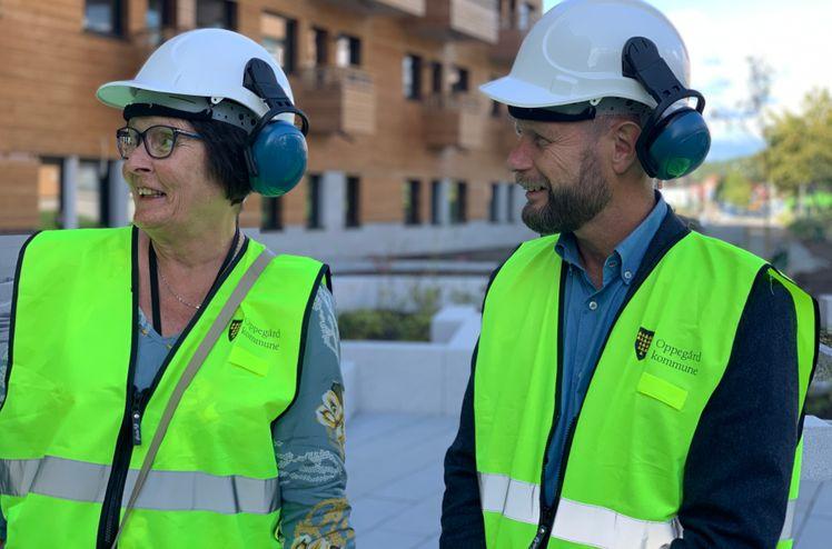 Inger Løvlien Furu fikk besøke omsorgsboligene sammen med helseminister Bent Høie.