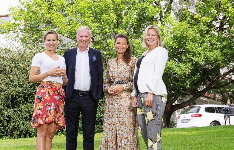 Fra venstre: Katharina Hernæs, AF Eiendom, Carl Erik Krefting, Carucel, Caroline Krefting, Carucel og Matilda Vinje, AF Eiendom. Foto: Ellen Johanne Jarli